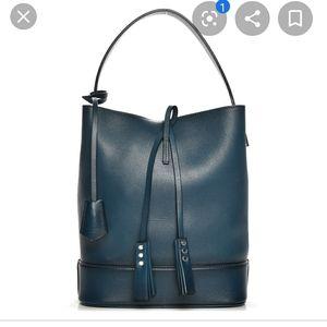 Louis Vuitton Purse 💯 Authentic LV